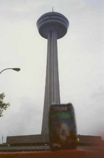can-toronto-cn-tower-01